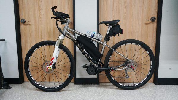 티탄자전거 + 750W 모터 + 18A 배터리 + 긴프레임 가방